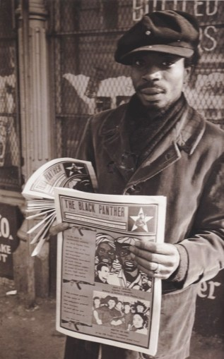 black-panther-newspaper-young-panther-sells-emory-douglas-designed-ppr-cy-its-about-time-web1